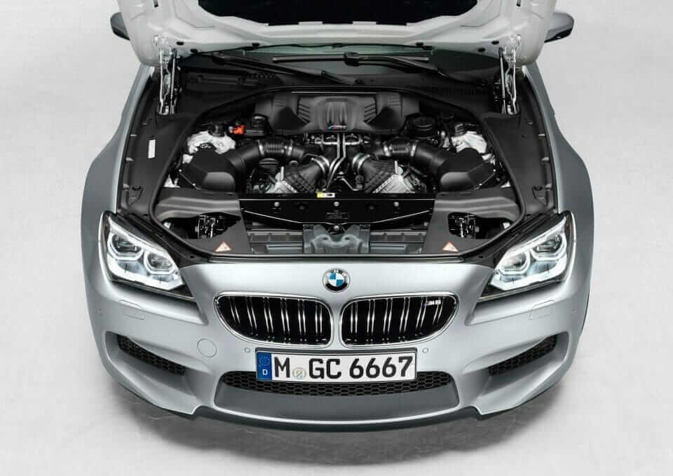 2013_BMW_M6_GranCoupe_04