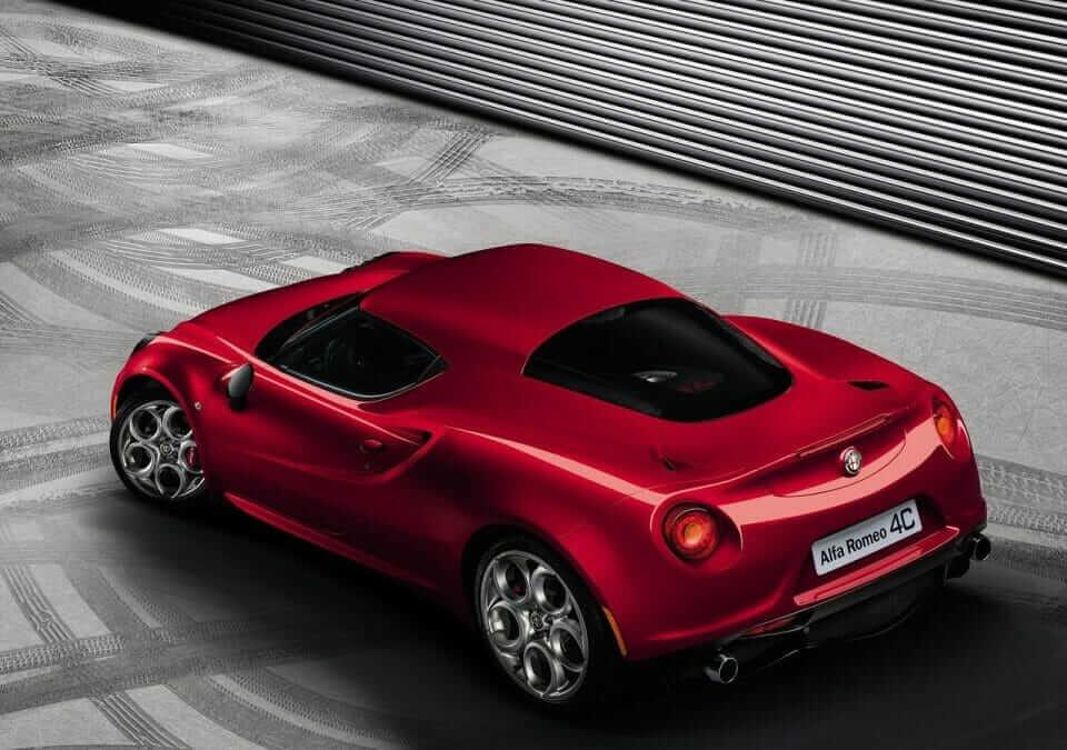 Alfa_Romeo-4C_02
