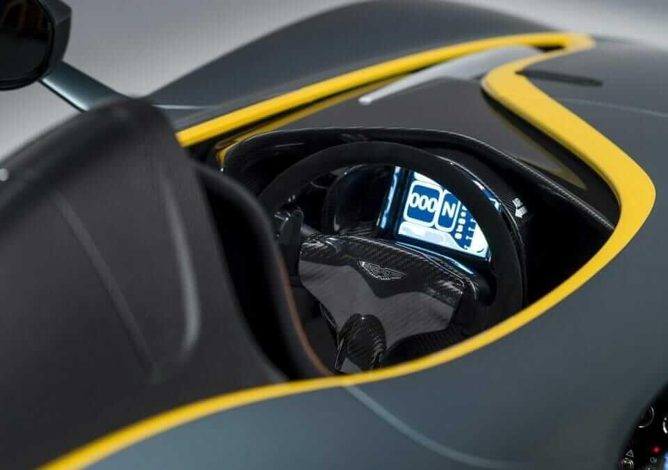 Aston_Martin-CC100_Speedster_Concept_05