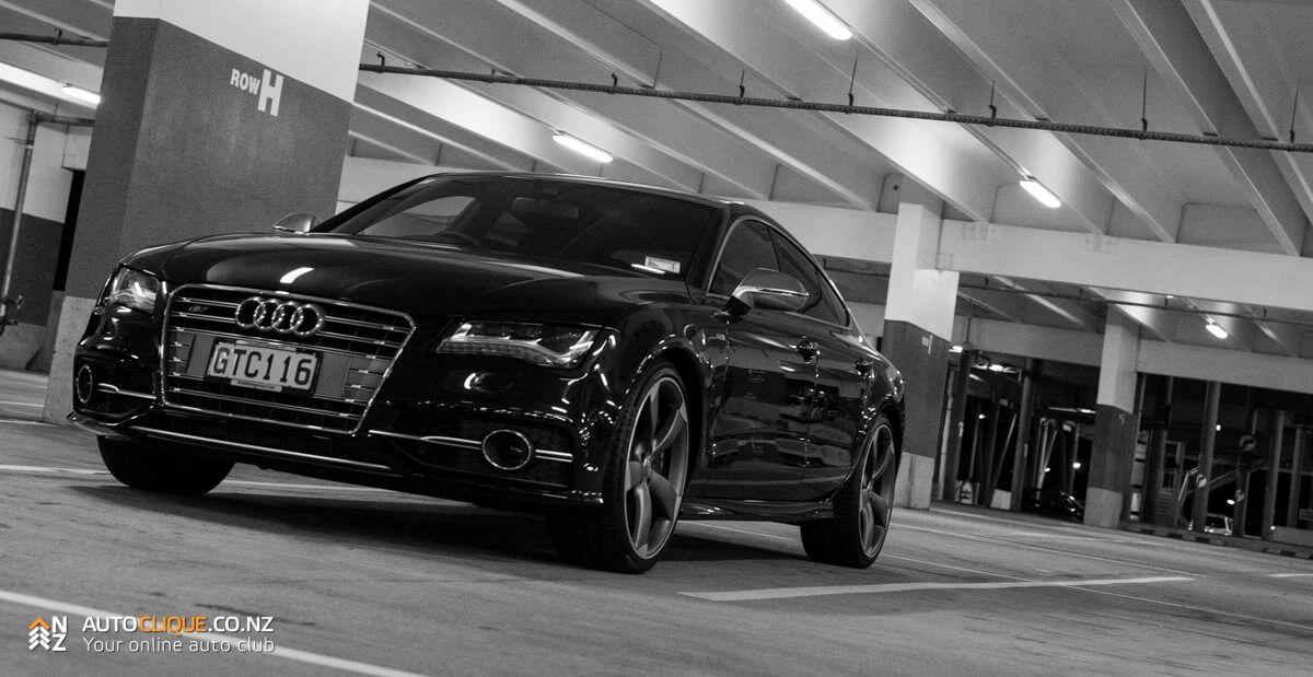 Audi_S7-39