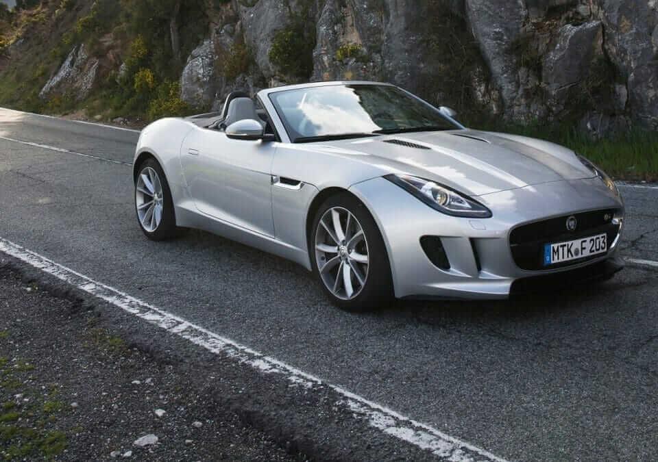 Jaguar-F-Type_V6_S_2014_01