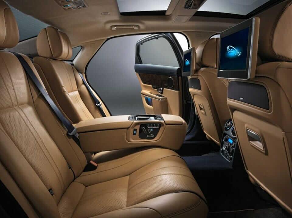 2014 Jaguar XJ 9
