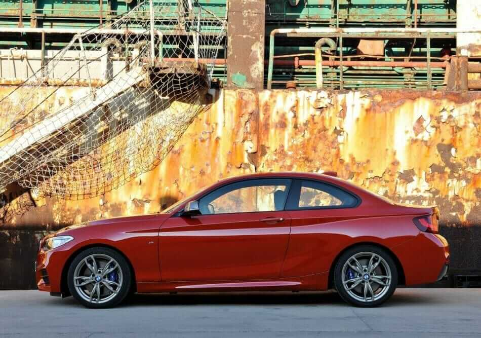 BMW-M235i_Coupe_2014_01