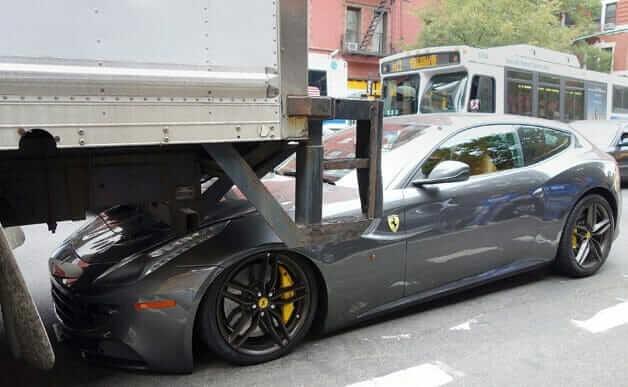 Ferrari-FF_01