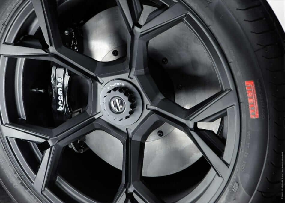 W-Motors-Lykan-HyperSport-6