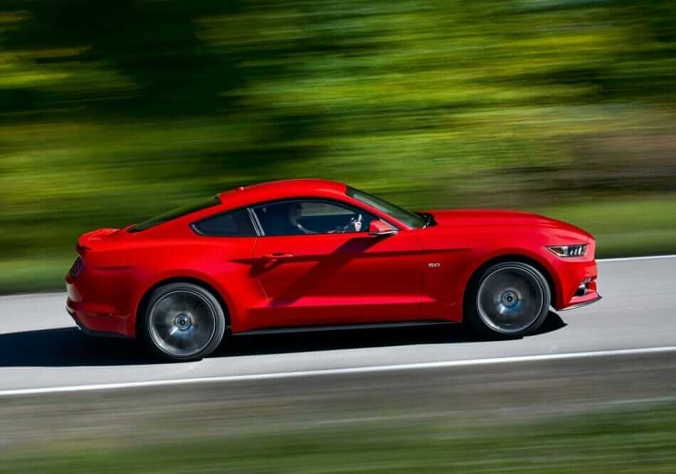 Ford-Mustang_GT_2015_04