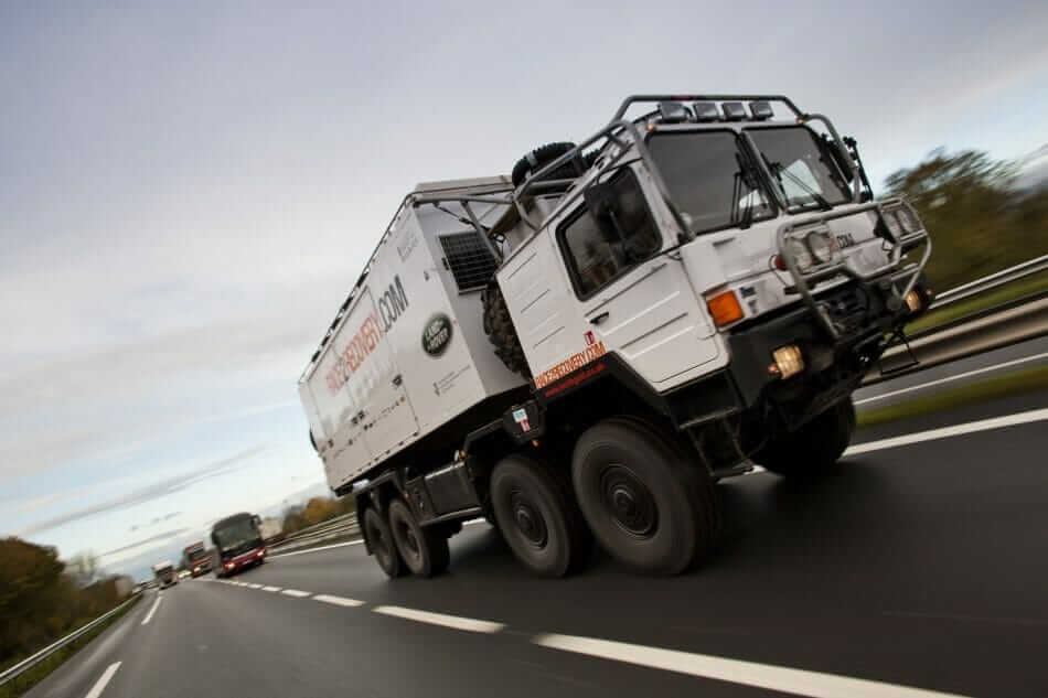 LR_Race_To_Recovery_Dakar_041213_08