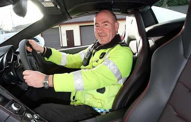 McLaren_Police_Car_02