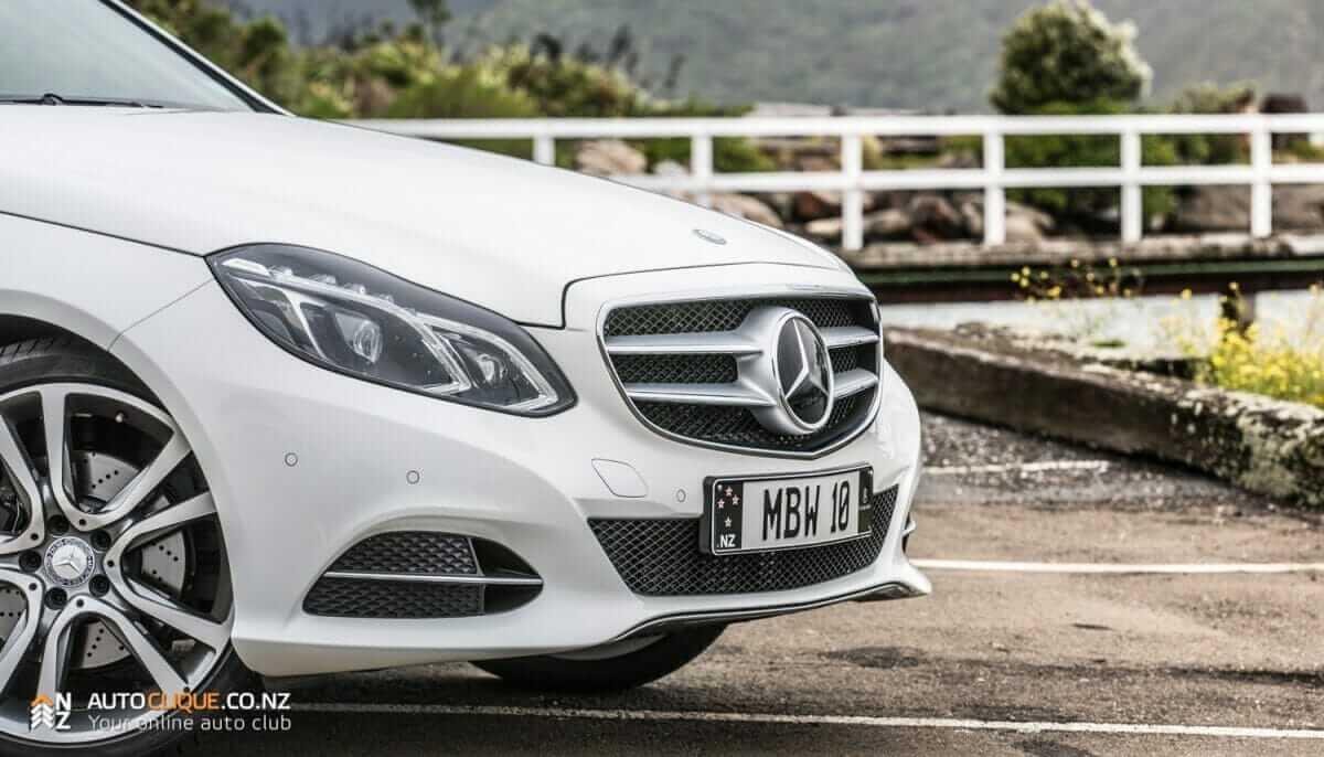 MercedesBenz-E250-11