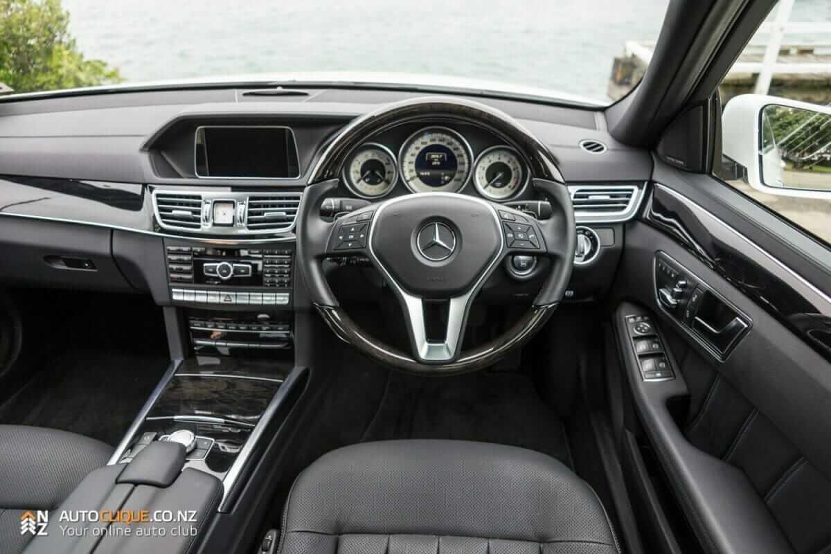 MercedesBenz-E250-18