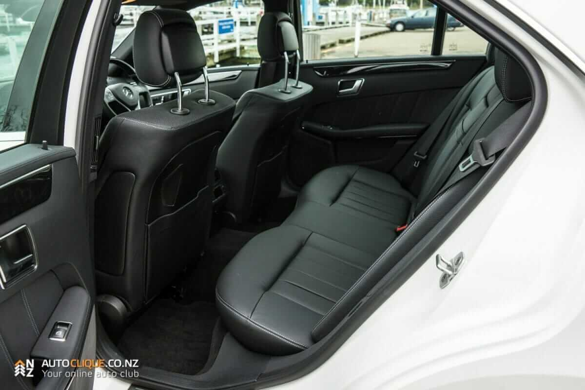 MercedesBenz-E250-23