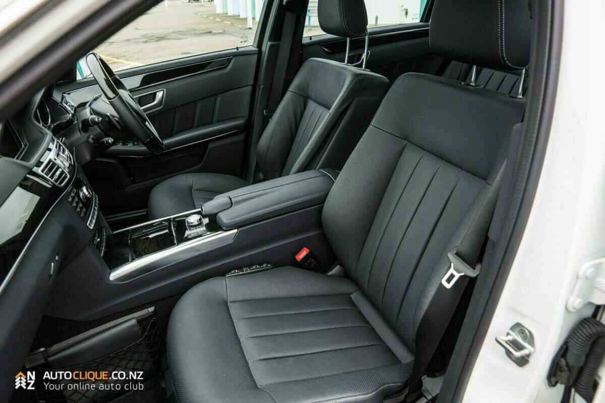 MercedesBenz-E250-26