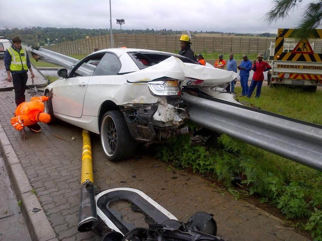 BMW_335i_Crash_01