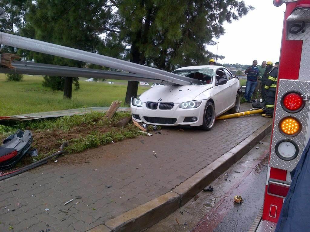 BMW_335i_Crash_02