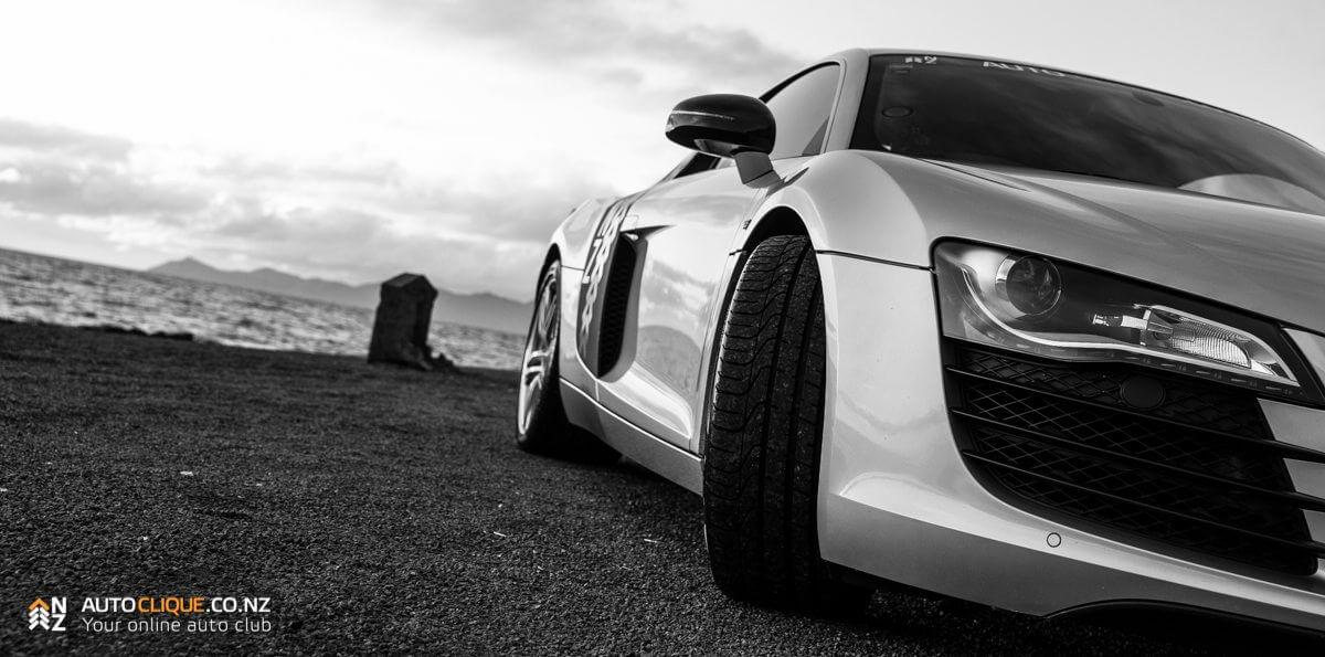 Audi_R8-10