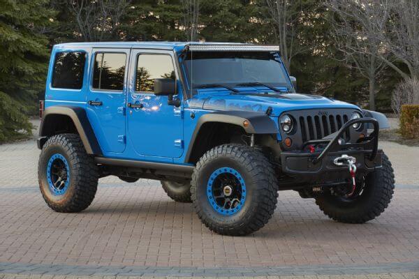 Jeep-Wrangler-Maximum-Performance-Concept-front-three-quarters