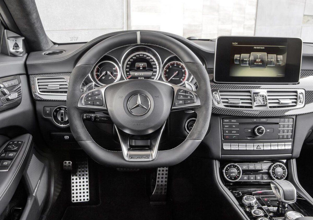 Mercedes-Benz-CLS-Class-2015-06
