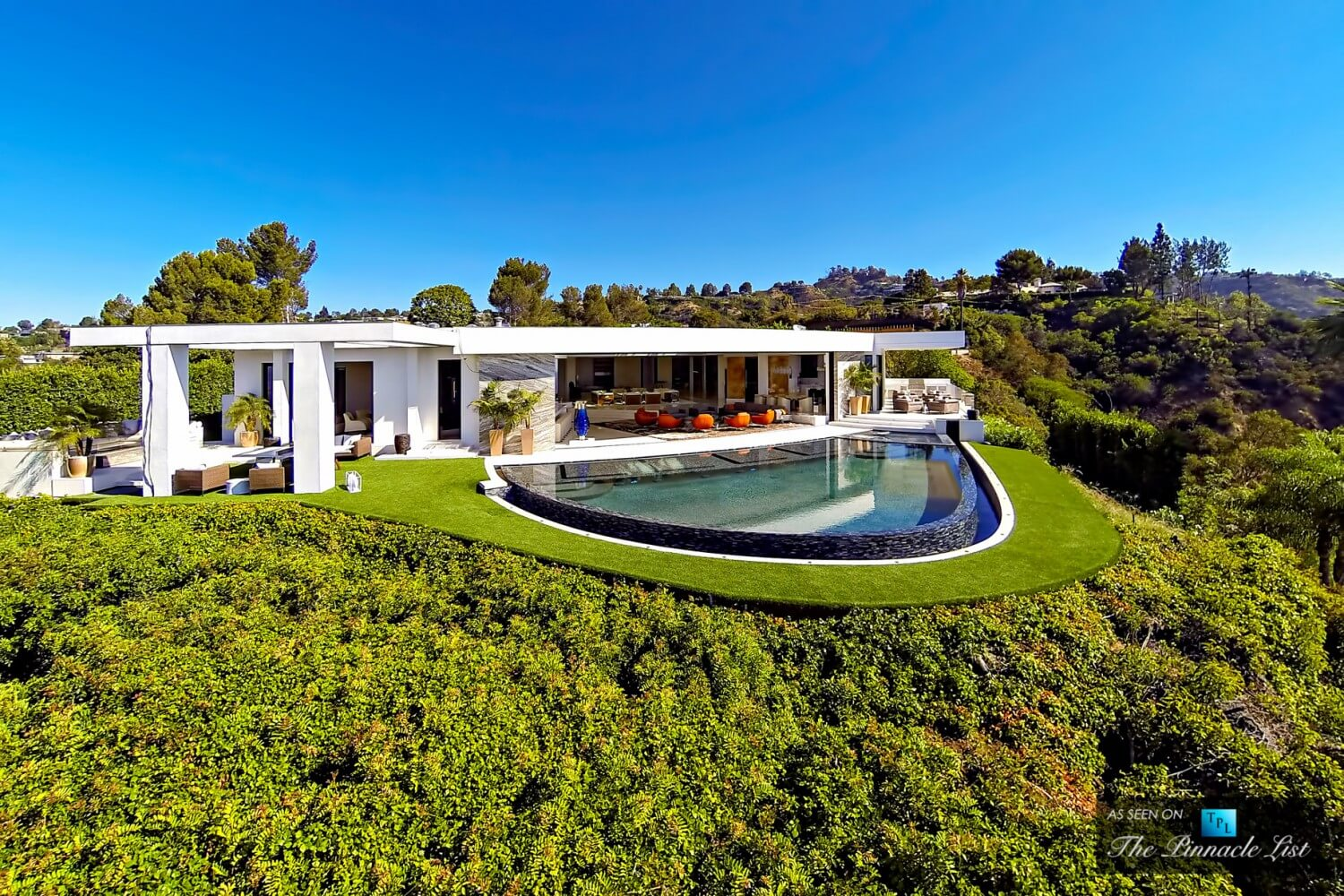 063-85-Million-Luxury-Residence-1181-North-Hillcrest-Beverly-Hills-CA