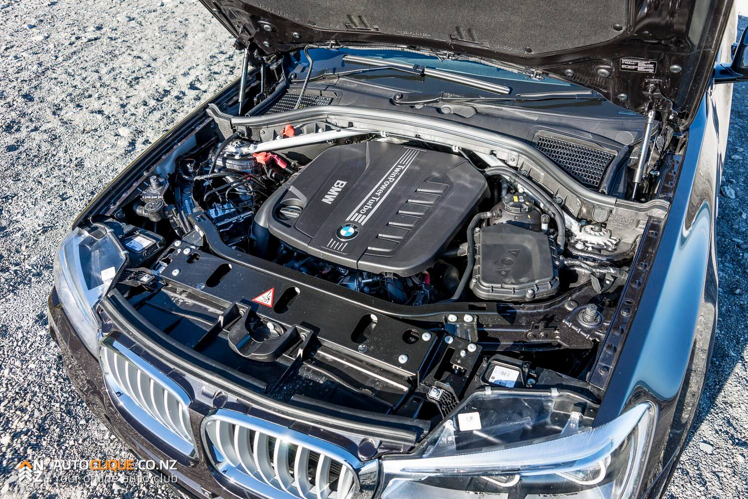 BMW-X4-35d-RaodTested-Review-25