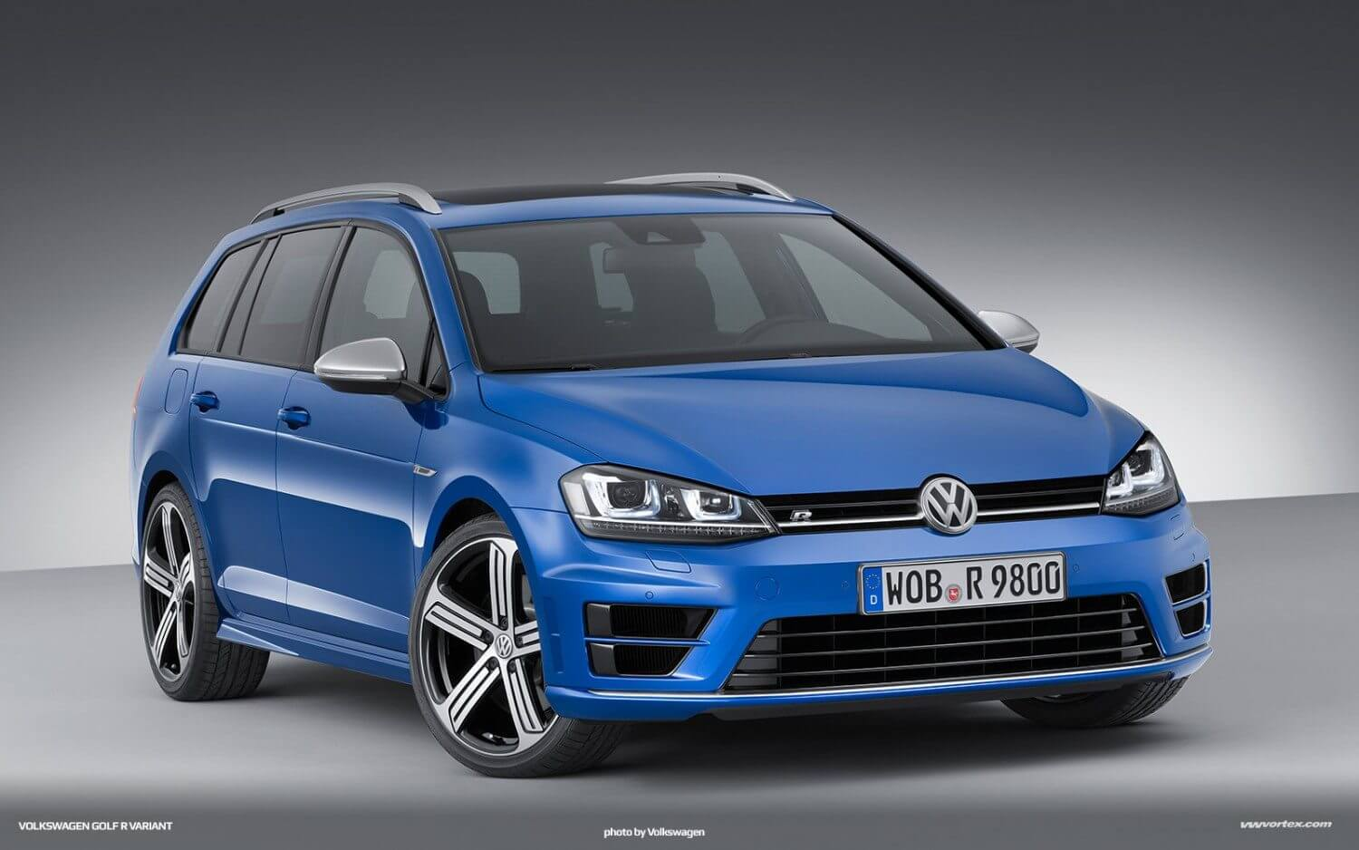 volkswagen golf r variant ready for purchase in 2015. Black Bedroom Furniture Sets. Home Design Ideas