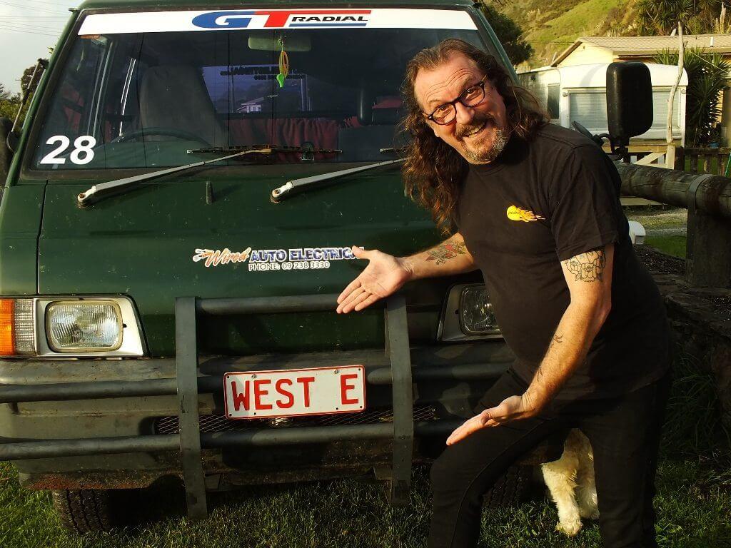 Ewen-Gilmour-Sells-Turtle-Van-05