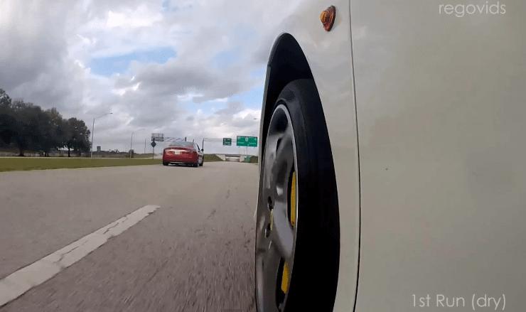 Tesla-Vs-Ferrari-Drag-Race