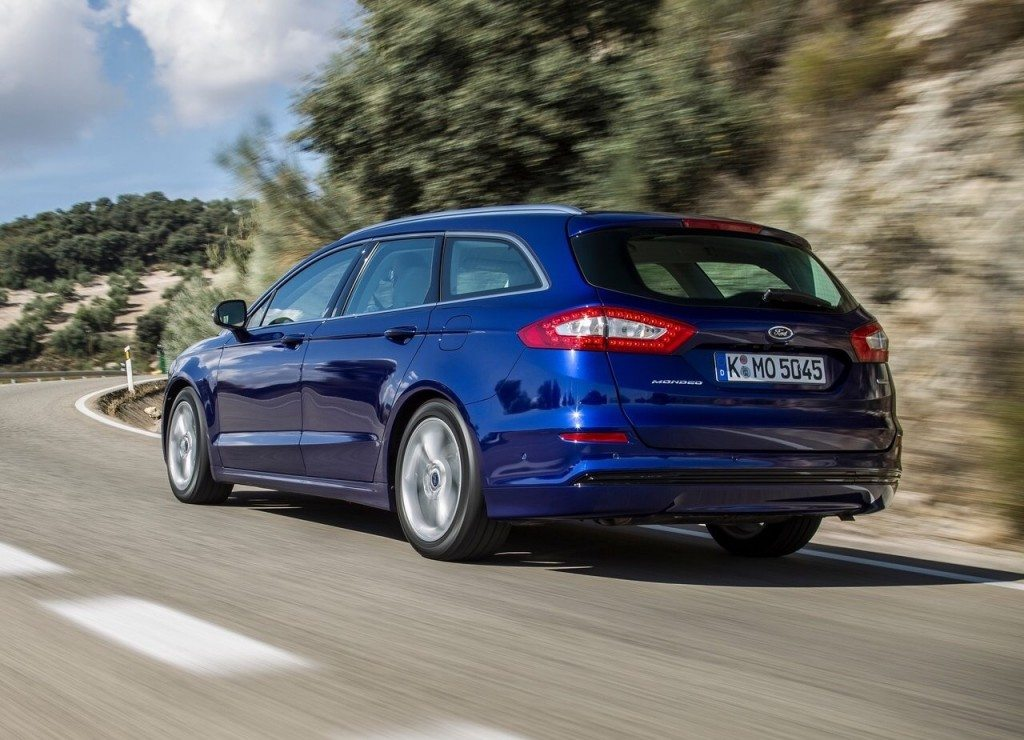 2015-ford-mondeo-wagon-4