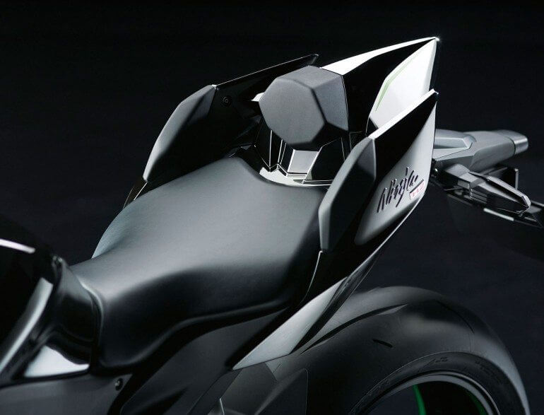 kawasaki-h2-road-bike-surfaces-42