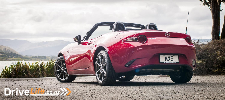 2015-Mazda-MX5-Car-Review-15
