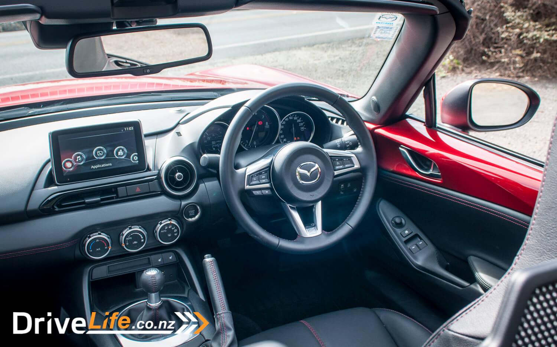 2015-Mazda-MX5-Car-Review-19
