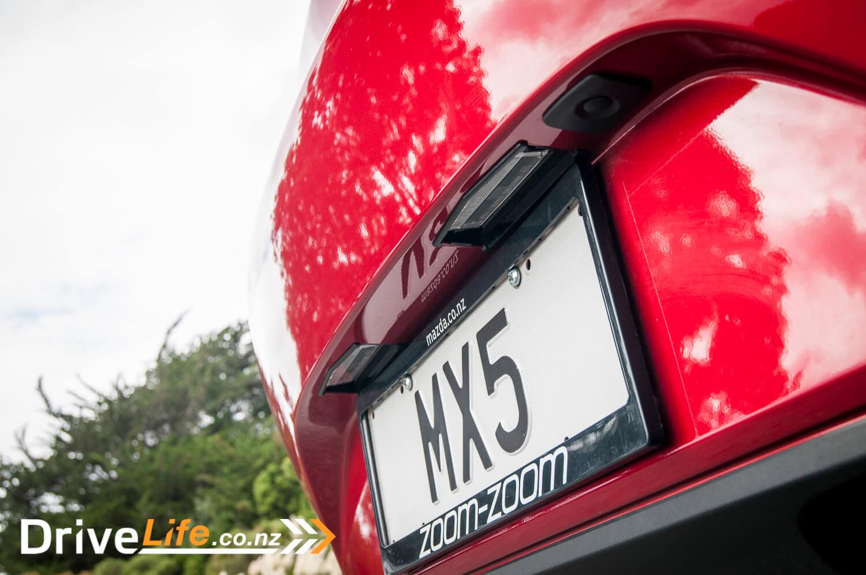2015-Mazda-MX5-Car-Review-21