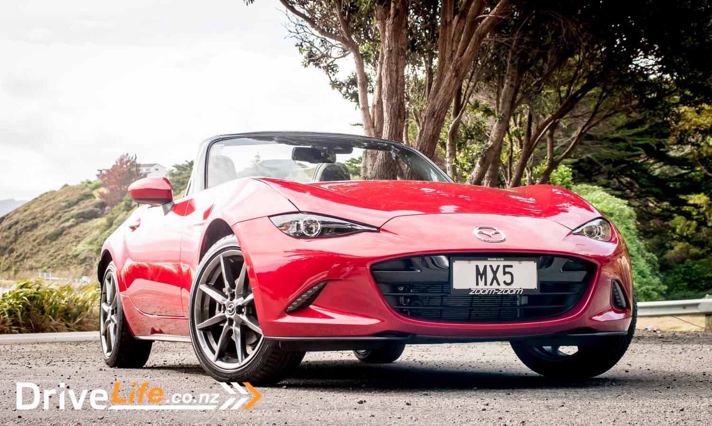 2015-Mazda-MX5-Car-Review-9