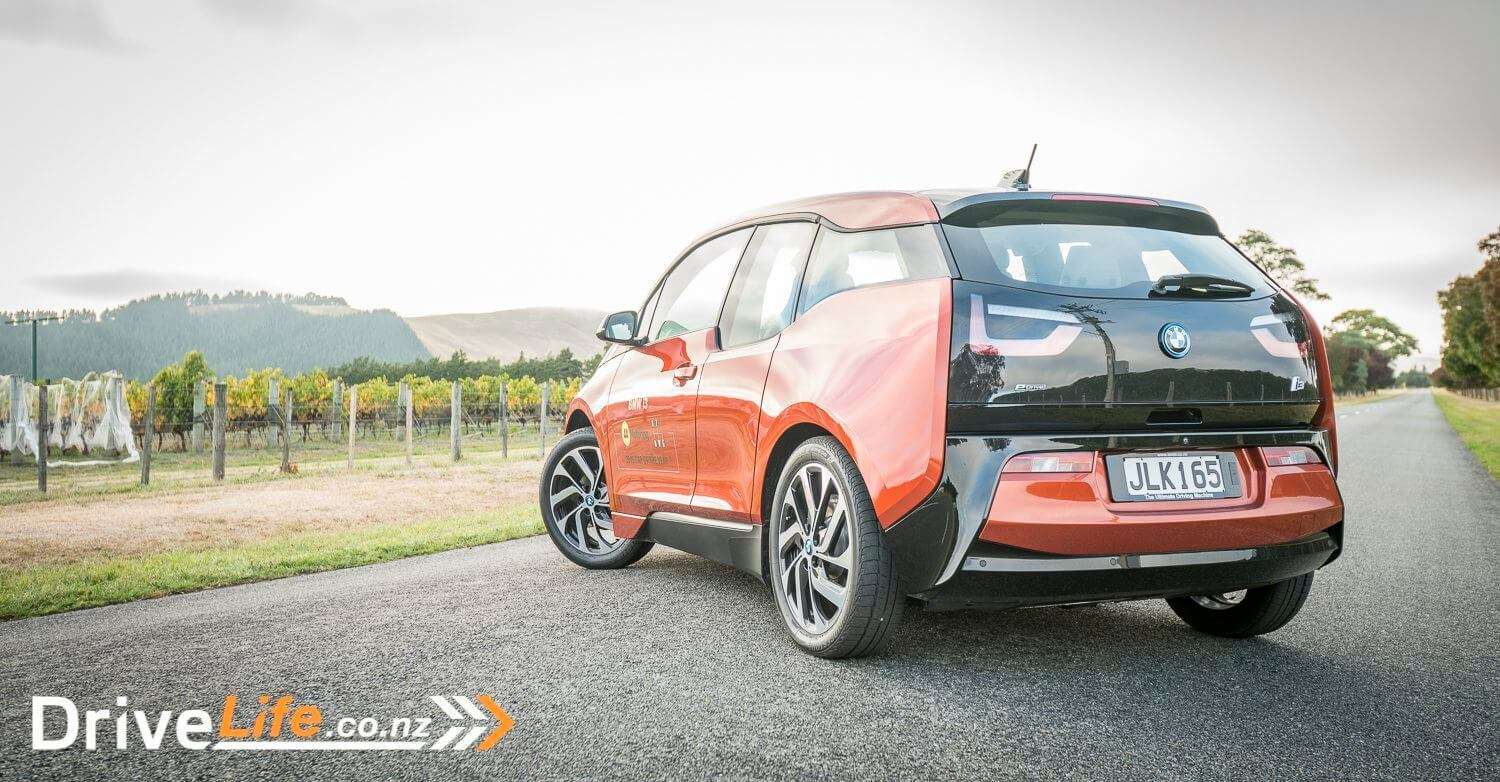 Car-Review-2015-BMW-i3-6