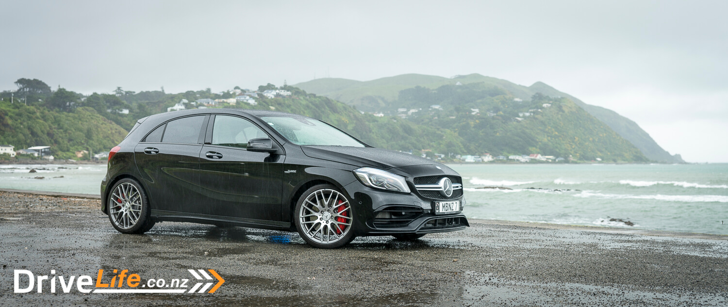 car-review-mercedesbenz-a45-amg-2