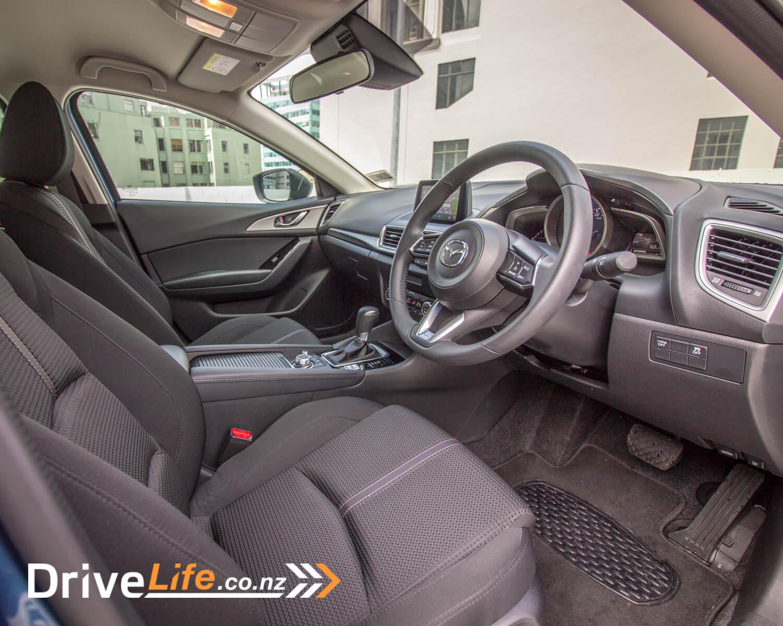 drive-life-2016-mazda3-gsx-9