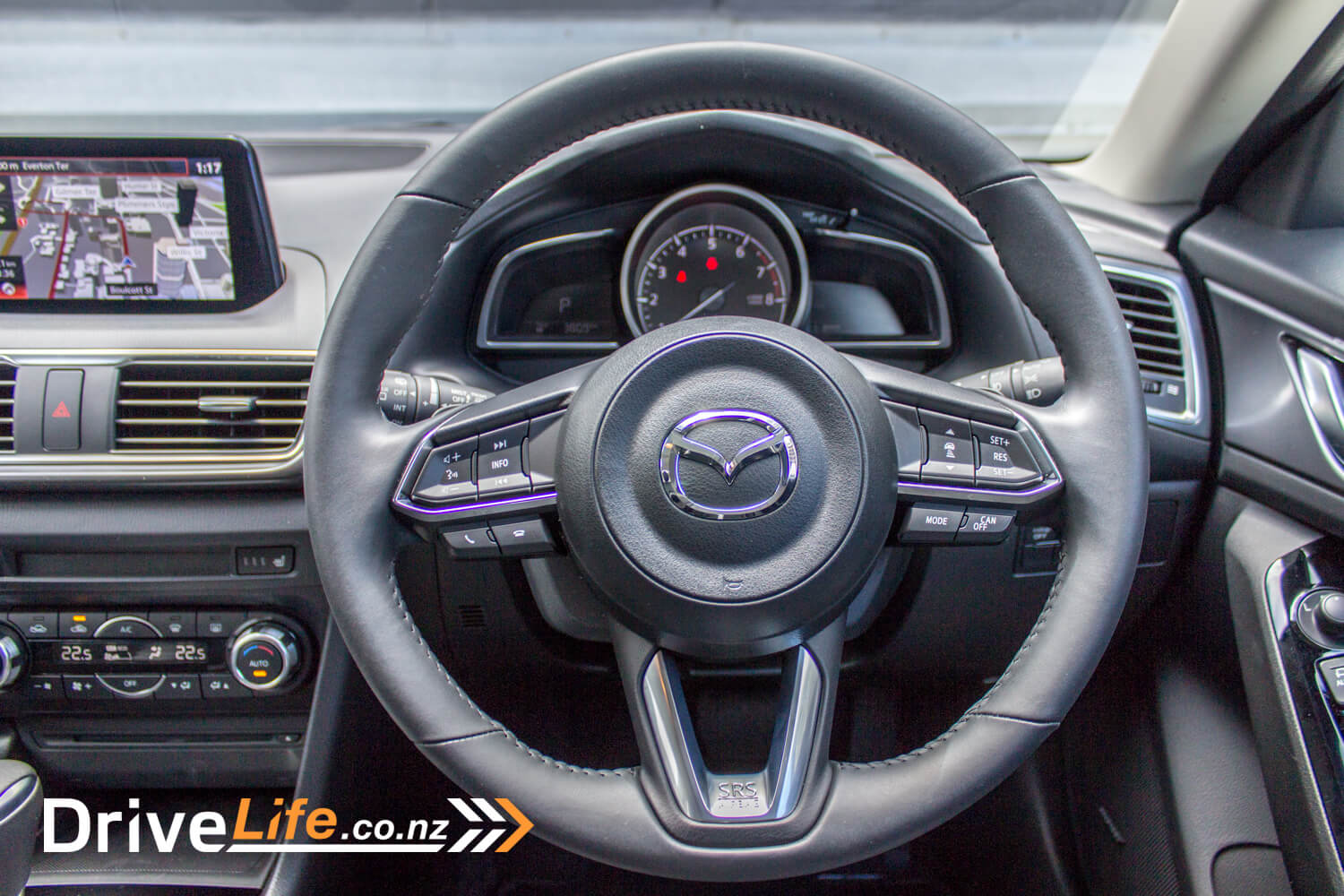 drive-life-2016-mazda3-sp25-limited-19