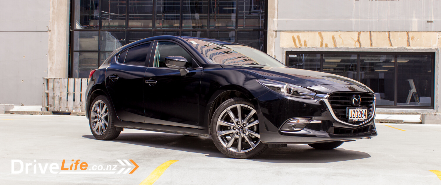 drive-life-2016-mazda3-sp25-limited-21