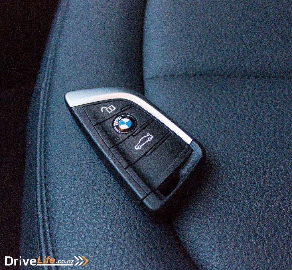 drive-life-nz-2016-bmw-x120d-car-review-17