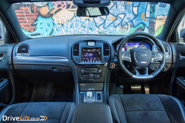 2016 Chrysler 300 SRT – Car Review – Aural Symphony
