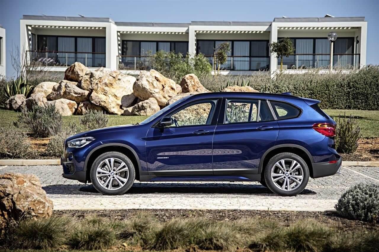 2016-BMW-X1-Side