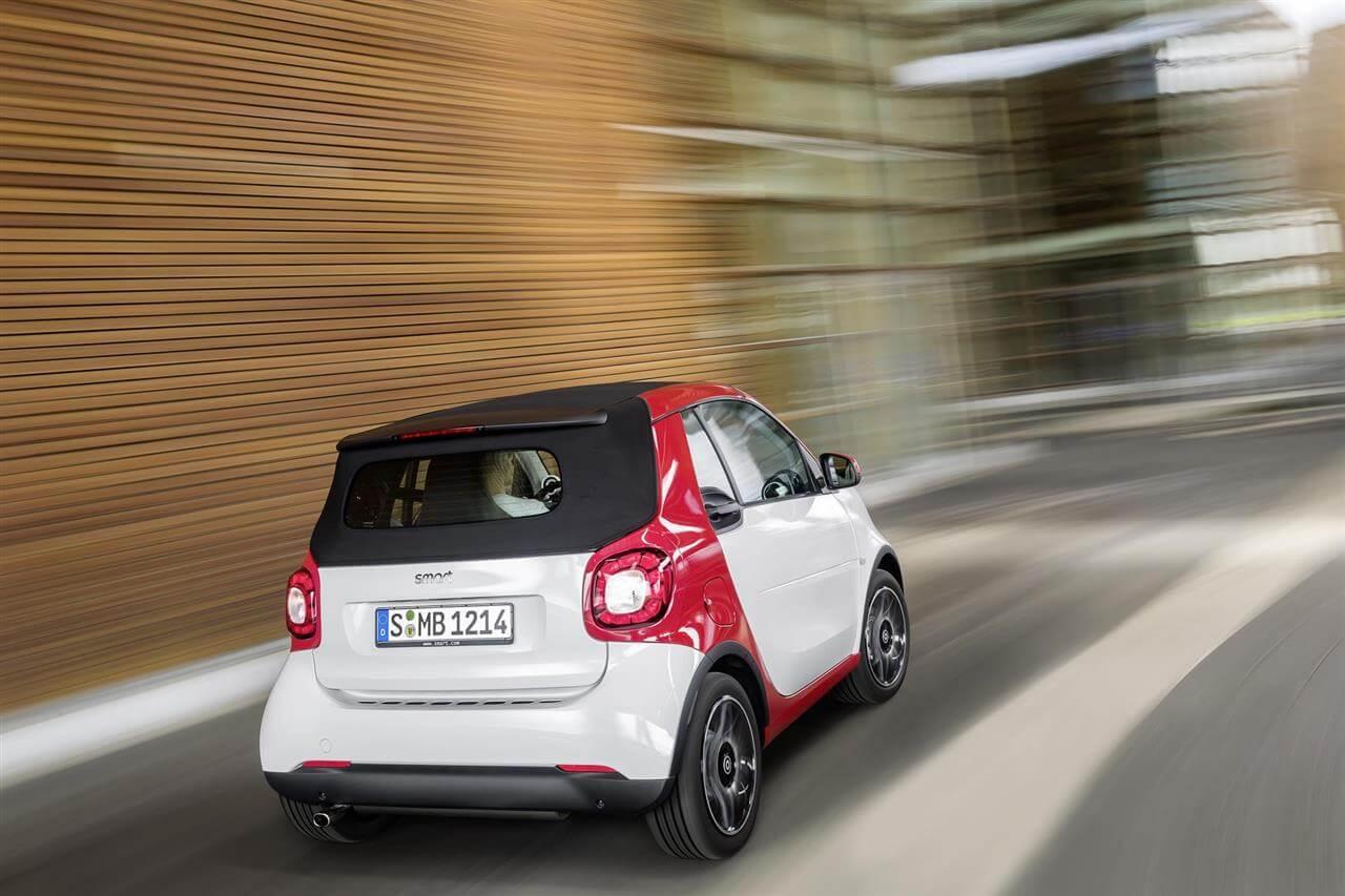 2016-smart-fortwo-Cabrio-2