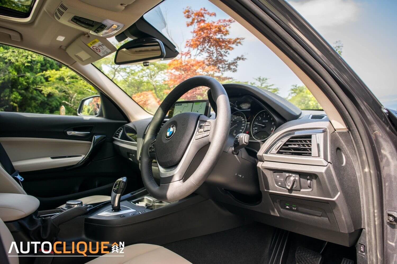 BMW-120i-16