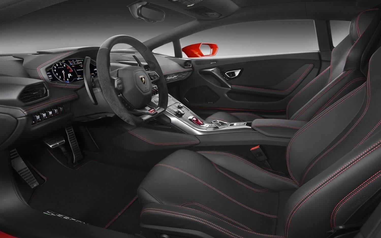 Lamborghini-Huracan-LP580-2-interior