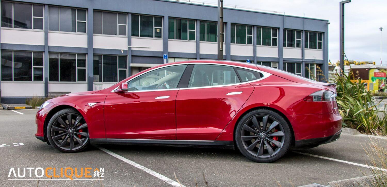 Tesla-P85-1184