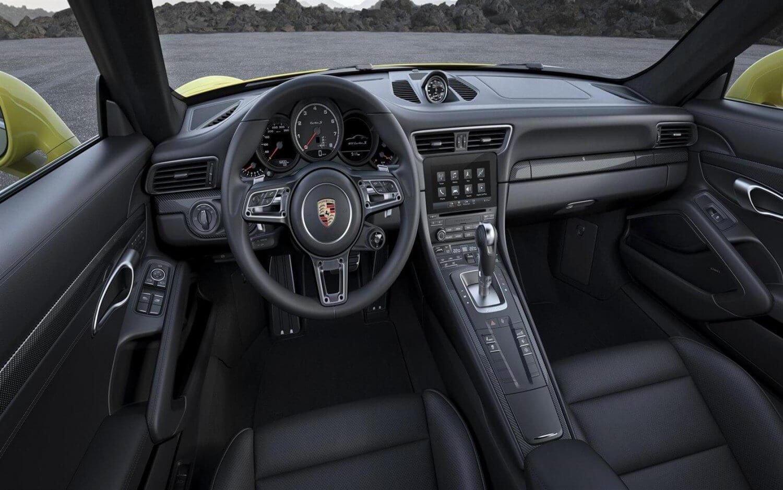 Porsche-911-Turbo-Facelift-Interior-1
