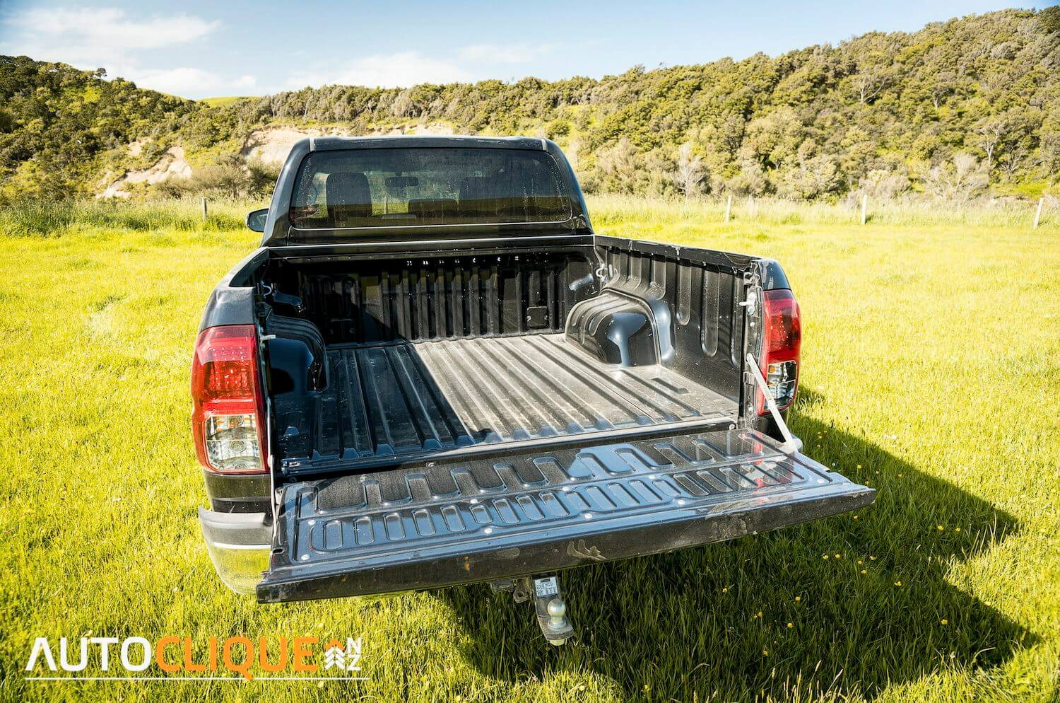 2016-Toyota-Hilux-Breakdown-10