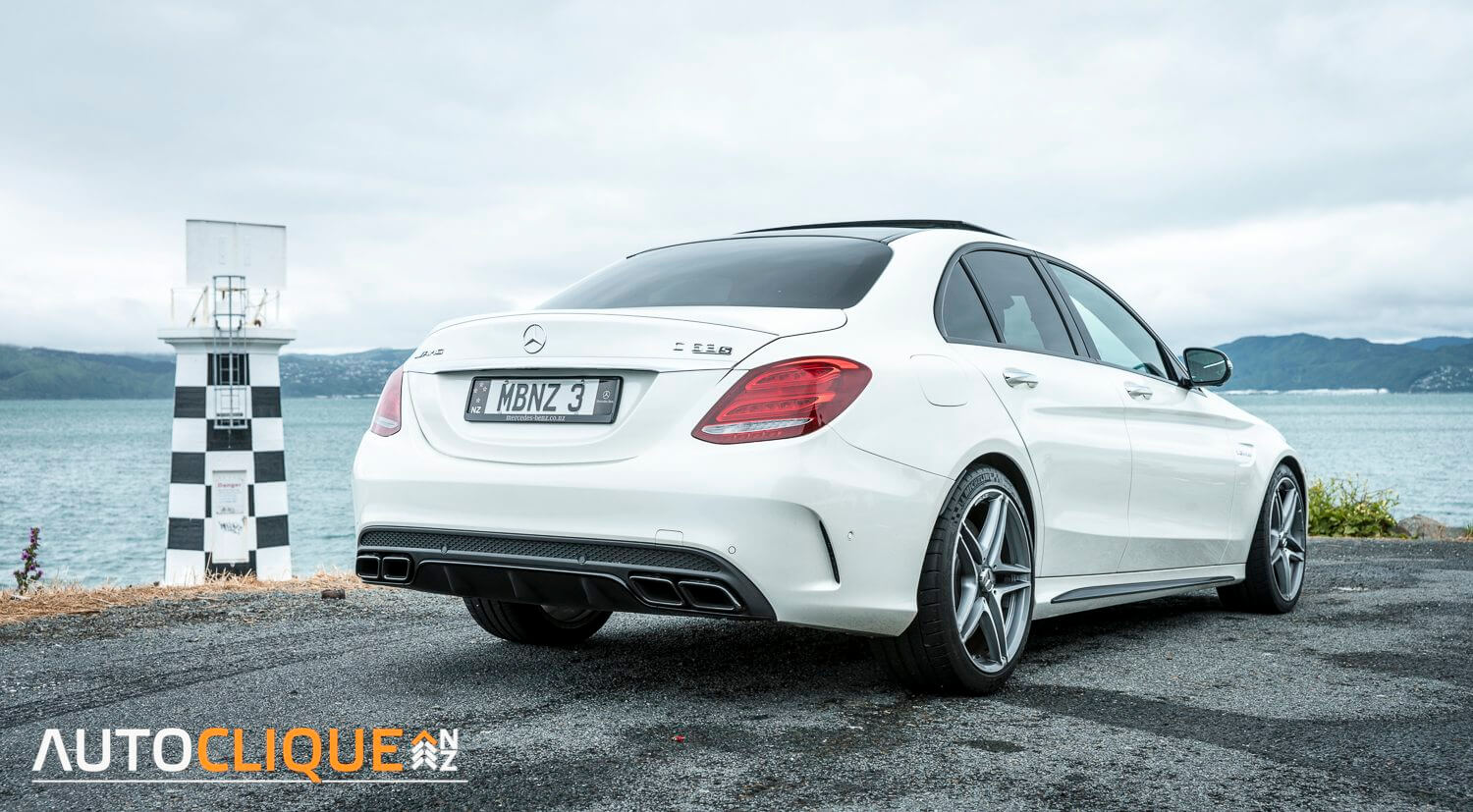 Mercedes-Benz-C63S-AMG-NZ-04