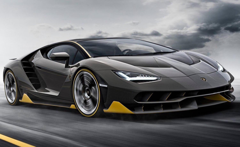 2016-Geneva-Lamborghini-Centario-1
