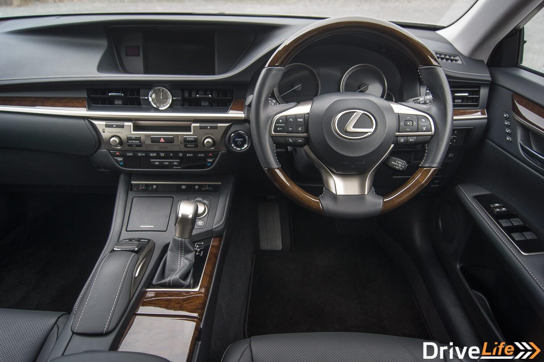 Lexus ES 300h (25 of 37)