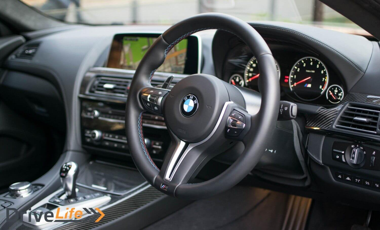 drive-life-nz-car-review-bmw-m6-competition-2016-interior-01